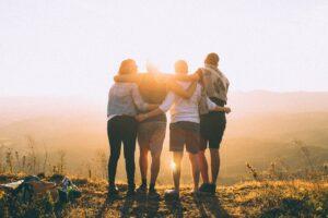 Jugendliche Zusammenhalt