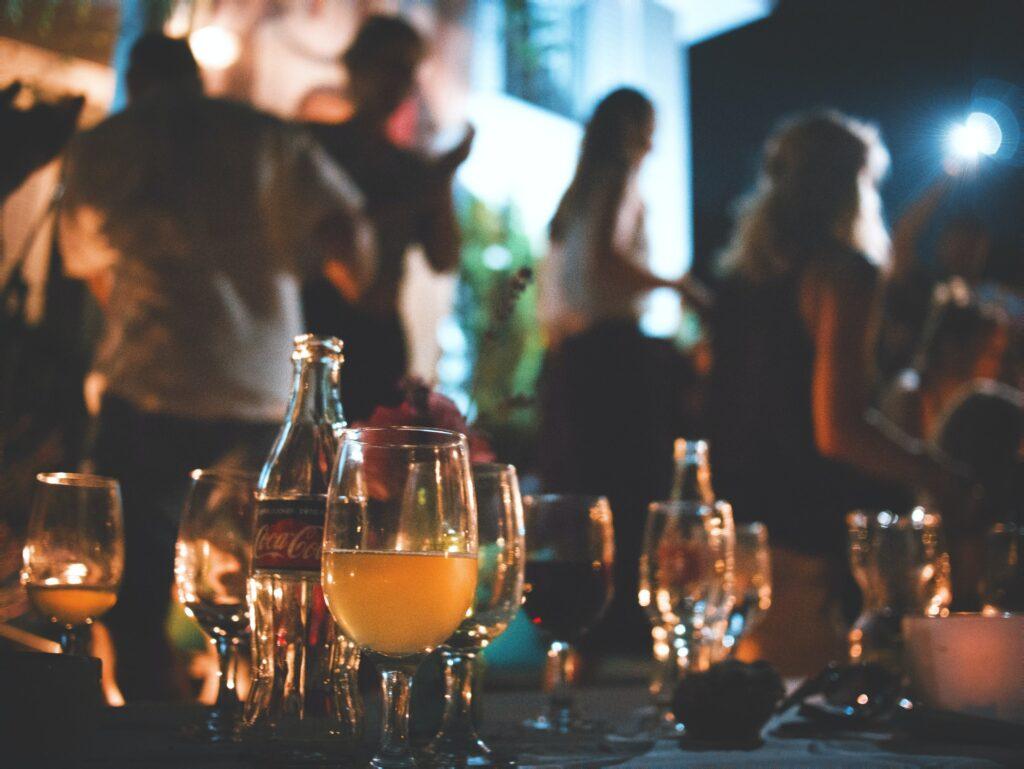Abendstimmung auf einer Gartenparty